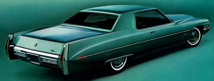 1971 Cadillac Standard Equipment