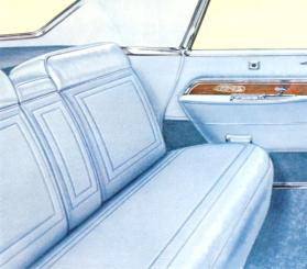 Imperial LeBaron interior in Blue