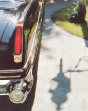 1963 Imperial redesigned taillight and rear quarter