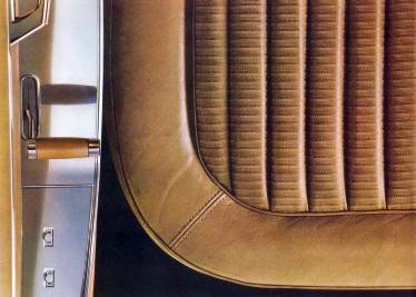 Gold Pleated Jacquard Cloth and Leather for LeBaron