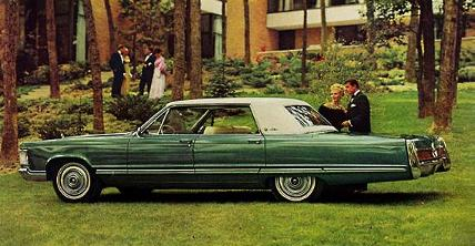 1967 Imperial LeBaron in Forest Green Metallic