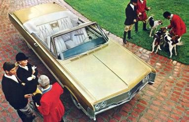 1968 Imperial Crown Convertible in Sovereign Gold