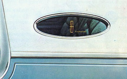 1976 Continental Mark IV Givenchy Designer Edition opera window