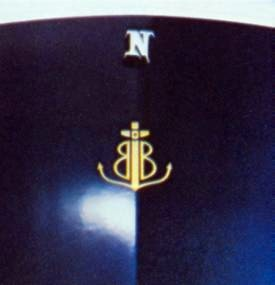 Bill Blass monogram in Gold on rear decklid