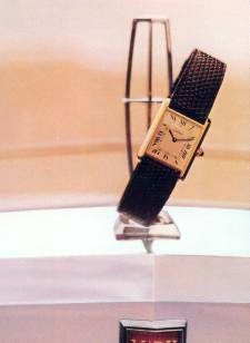 "Cartier Tank ""Must"" Watch"