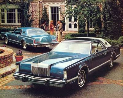 1979 Continental Mark V with Luxury Group Option | Background: Medium Turquoise Moondust Metallic/Foreground: Dark Turquoise Metallic