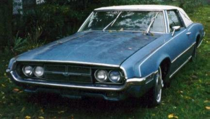 1969 Ford Thunderbird Tudor Landau left front quarter view