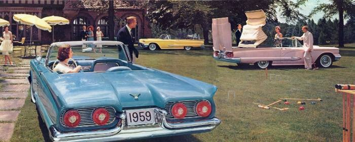In case you didn't recognize it, this is the good life: three 1959 Ford Thunderbird Convertibles in one photograph!