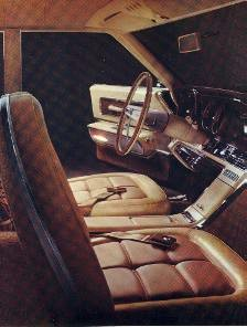Optional SL Interior in Parchment Vinyl with Cloth Inserts and Brown appointments