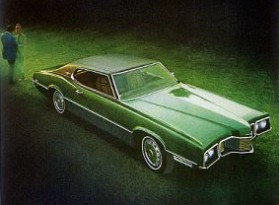 Image: 1970 Ford Thunderbird Two Door Landau - right front view