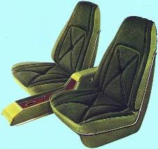 Optional High Back Bucket Seats and Console in Dark Green Cloth and Vinyl