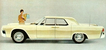 Image: 1962 Lincoln Continental Sedan