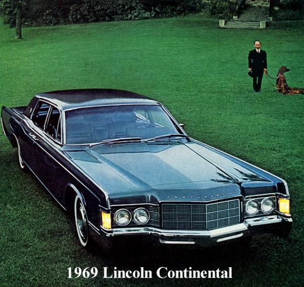 Image: 1969 Lincoln Continental Sedan