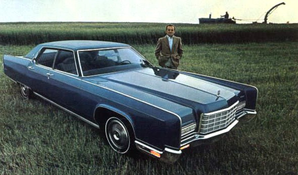Image: 1972 Lincoln Continental Sedan